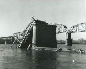 Silver Bridge collapse